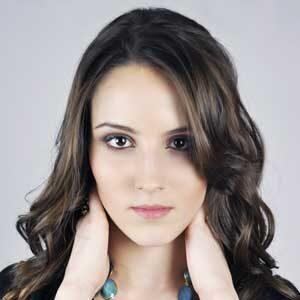 Η ανεπιθύμητη τριχοφυΐα στο πρόσωπο και κατά συνέπεια η αποτρίχωση προσώπου είναι ένα πρόβλημα που απασχολεί πολλές γυναίκες.